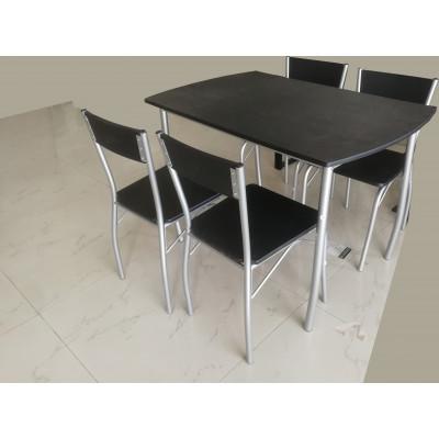 Ensemble 1 table + 4 chaises SOHO plateau noir/pieds argentés